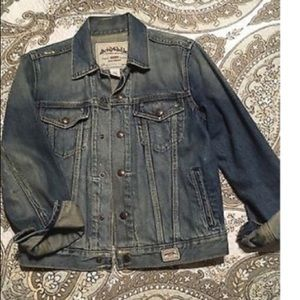 Abercrombie kids M denim jacket.